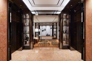 Four Seasons Hotel Hong Kong (3 of 81)