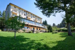 Lorica Hotels