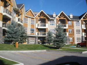 Piccadilly Vacation Rentals - Fairmont Hot Springs