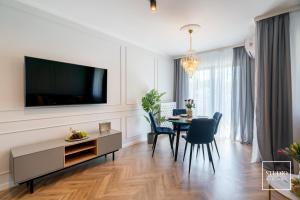 Exclusive Gold Apartment