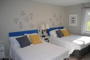 The Little Village - Hotel - Mount Horeb