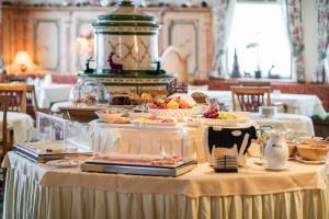 Bed & Breakfast Hotel Guggis - Zürs