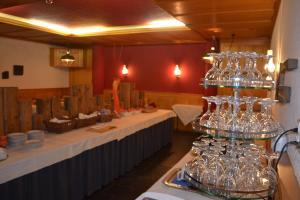 Hotel Sardona, Hotel  Elm - big - 33