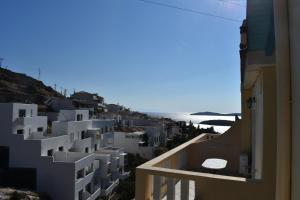3 Alpha Studios Andros Greece