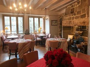 Location gîte, chambres d'hotes Hôtel Restaurant du Plomb du Cantal dans le département Cantal 15