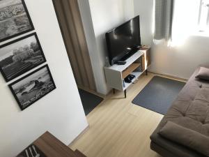 Apartamento completo - Home Office com Wifi - 12º andar - Centro Curitiba