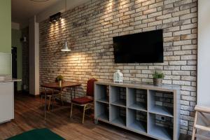 Comfortable And Cozy Golden Apartments City CenterK24