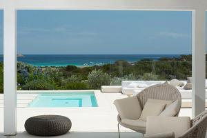Marina de lu imposta Villa Sleeps 12 Pool Air Con