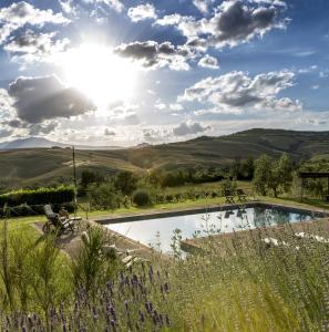 Stabilimento Termale Villa Sleeps 9 Pool WiFi