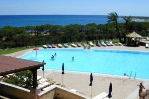 Villaputzu Apartment Sleeps 6 Pool Air Con WiFi