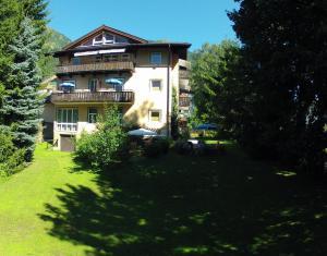 Kur- und Gästehaus Villa Anna - Accommodation - Bad Hofgastein