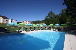 Location gîte, chambres d'hotes Village de Vacances Les Chevreuils dans le département Jura 39