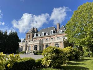 Location gîte, chambres d'hotes Château de Noyelles – Baie de Somme dans le département Somme 80
