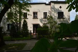 Lawendowo domki w ogrodzie i apartamenty w kamienicy