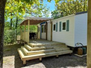 Location gîte, chambres d'hotes Camping le Chêne dans le département Hautes alpes 5