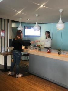 Ibis Aéroport Bâle Mulhouse - Hotel - Saint-Louis