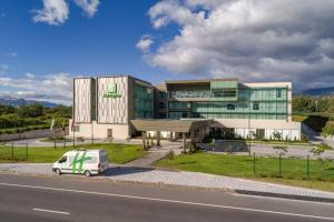 Holiday Inn - Quito Airport, a..
