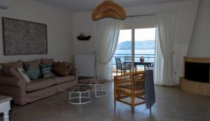 Grand Bleu Apartments & Villas Argolida Greece
