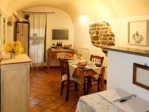Locazione Turistica Castè - DOA125 - AbcAlberghi.com