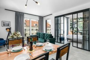 Apartment Poznan Chwaliszewo by Renters