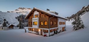 Pension Juliana - Hotel - Lech