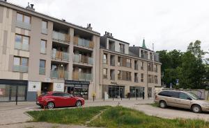 Apartament Ceglany centrum prywatne miejsce parkingowe