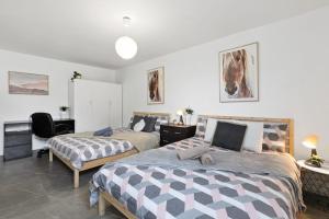 Quiet Private Room in Kensington near UNSW, Light railway&bus 2D