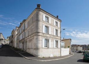 Location gîte, chambres d'hotes Chambres d'Hôtes Laferrière dans le département Charente 16