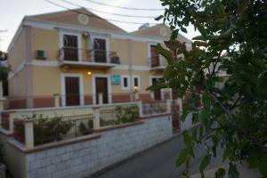 Hostels e Albergues - Villa Pinotsi