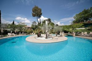 Location gîte, chambres d'hotes Hotel Les Messugues dans le département Alpes maritimes 6