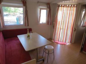 Camping Mia Bungalow & Mobile Home, Dovolenkové parky  Biograd na Moru - big - 22