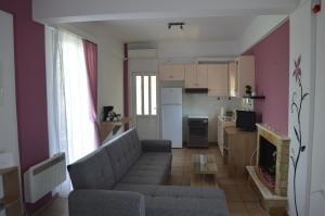 Serenity House (Dimitropoulos - Aigio) Achaia Greece
