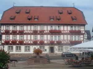 Hotel Altes Rathaus - Altenhasungen