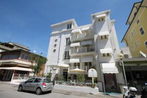 Hotel Belvedere Spiaggia - AbcAlberghi.com