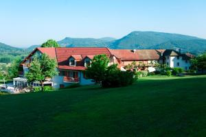 Accommodation in Champagneux