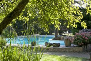 Location gîte, chambres d'hotes La Roseraie Hôtel Restaurant dans le département Dordogne 24