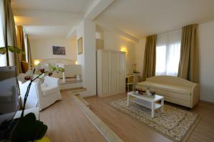 Hotel Viscardo - AbcAlberghi.com