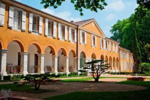 Location gîte, chambres d'hotes La Bastide en Gascogne dans le département Gers 32