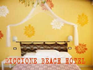 Riccione Beach Hotel - AbcAlberghi.com