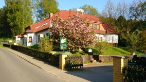 Hotelpension Schwalbennest - Benz