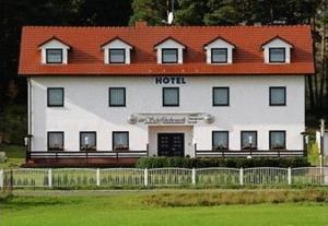 Hotel Am Schiffshebewerk - Chorin