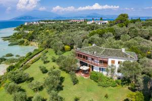 Villa Giustiniani - AbcAlberghi.com