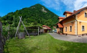 House Donačka Gora