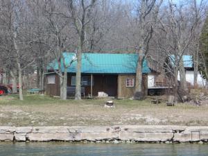 . Lake Wolsey Cabins