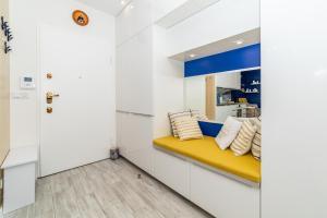 Luxury Yacht z tarasem Neptun Park by OneApartments