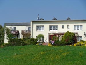 Pension Sonnenhügel, Penziony  Markersdorf - big - 34