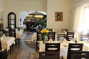 Ristorante Albergo San Martino, Pensionen  Ronco sopra Ascona - big - 37