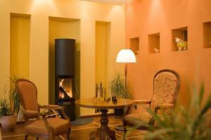 Parkhotel Schoenegg, Hotely  Grindelwald - big - 44