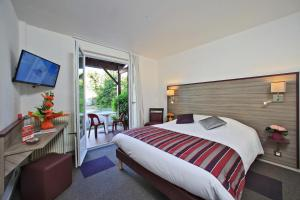 Hotel The Originals Saintes O'Nice