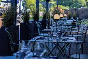 Location gîte, chambres d'hotes Hôtel restaurant La Fontaine dans le département Jura 39